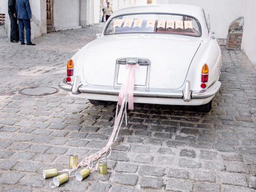 Latas y Cintas para coche de boda