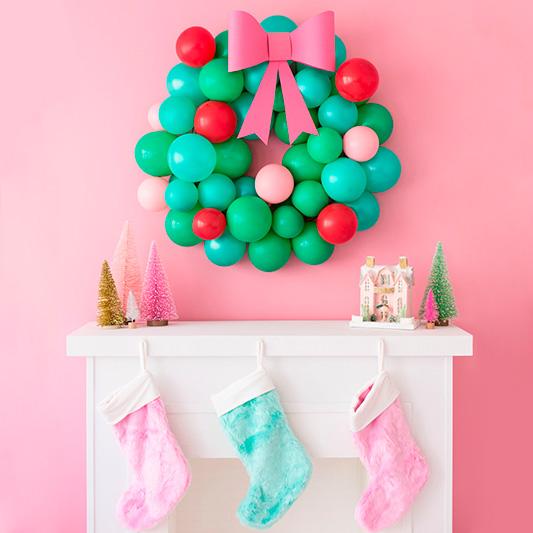 Colección de globos y complementos de Navidad