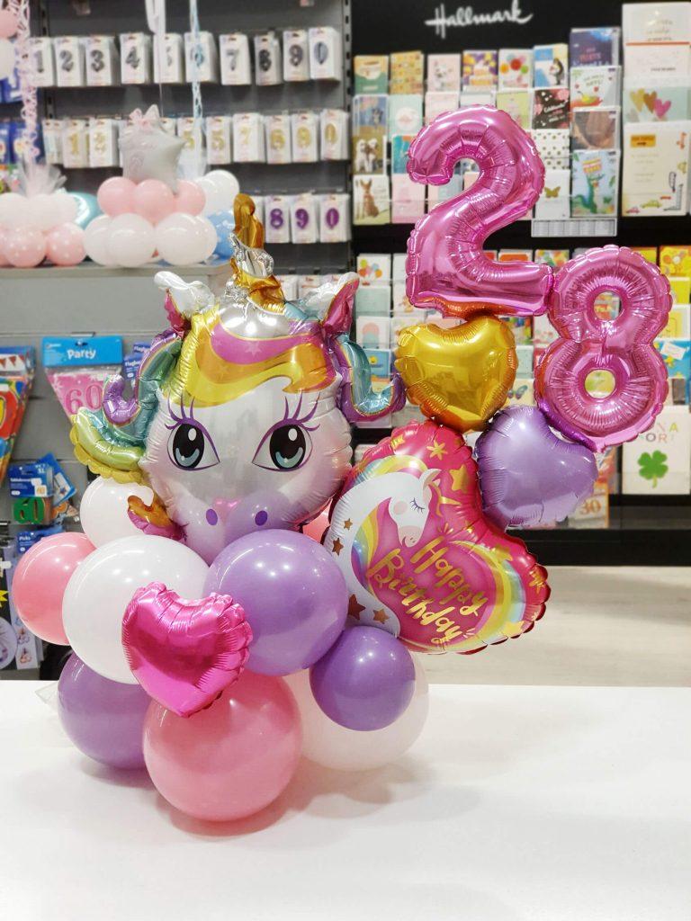 Centro cumpleaños unicornio
