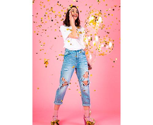 Globo de látex con confetti Estrellas oro